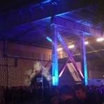 Feiern unter der Brücke an der re:fill Bar der re:publica