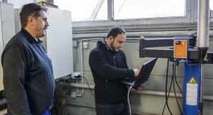 Installation des Asyl LAN im Bauhof